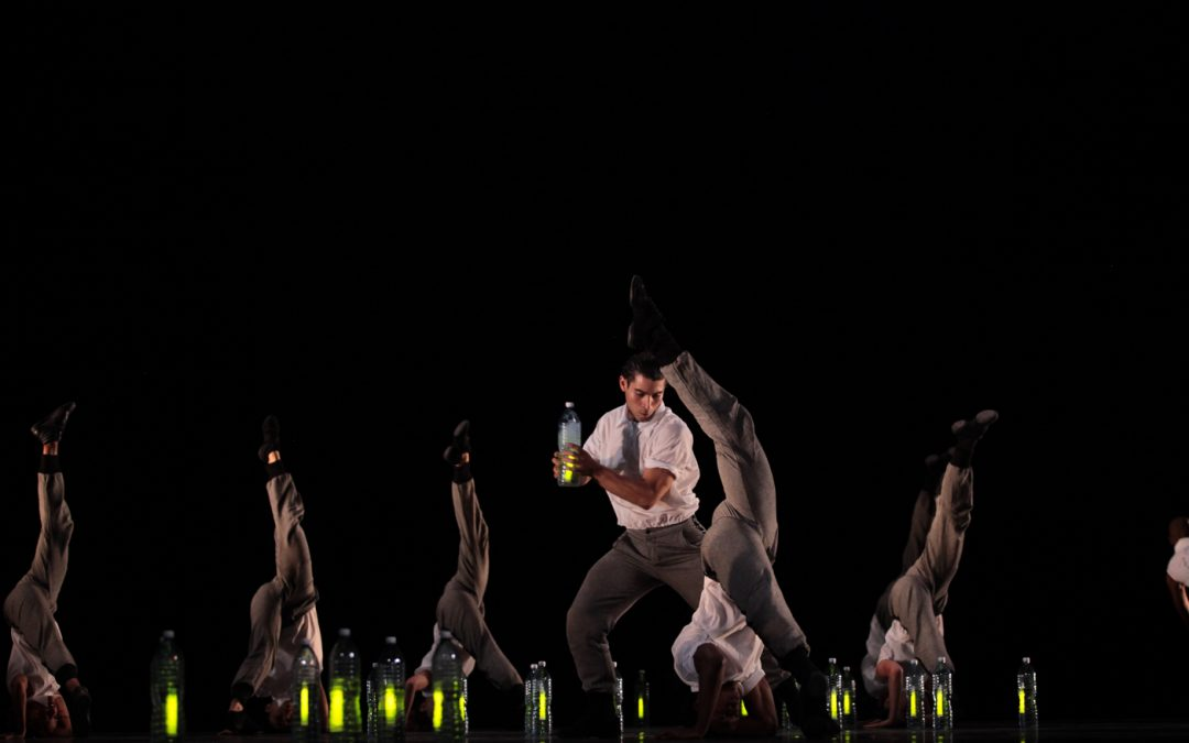 Acosta Danza performs J. Crecis & G. Montero's work